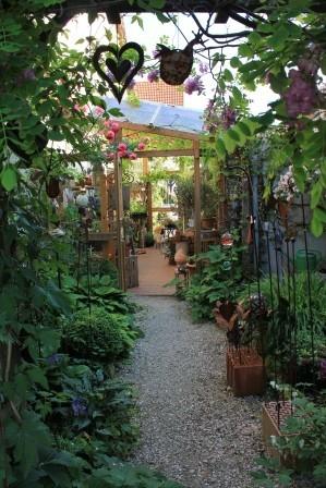 Mein Laden - Weg aus dem Garten